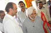 Celebs Pay Homage to Rama Naidu-thumbnail-125