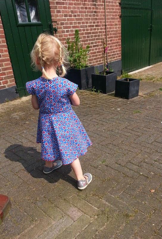 jurk met halve cirkelrok