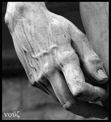 La mano de el David, de Miguel Angel. Las mejores esculturas del renacimiento.