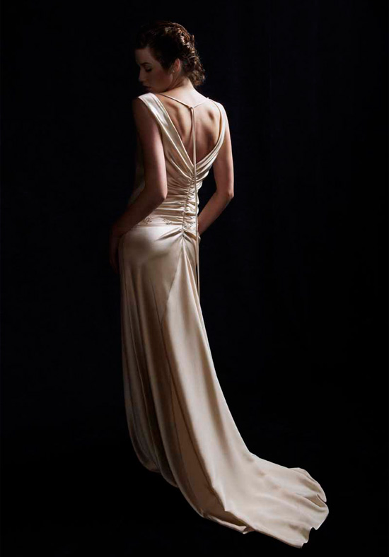 Backless Wedding Dresses Bridal Wears
