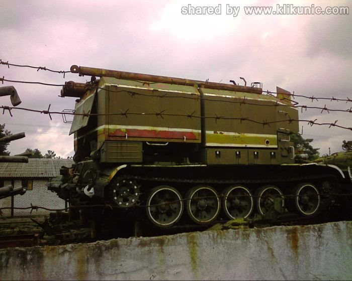 http://4.bp.blogspot.com/-cD0bMZFB9nM/TXIlZWDiBUI/AAAAAAAAP30/LgBRdYqN1VQ/s1600/panzer_cemetery_in_kiev_04.jpg