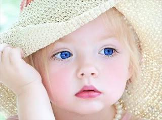 Cute Baby Child With Big Eyes Wallpaper Photo Image Collection