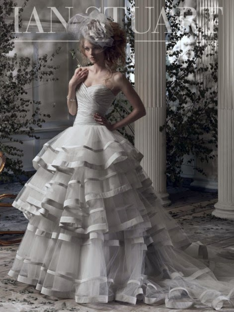 Ian Stuart wedding gown