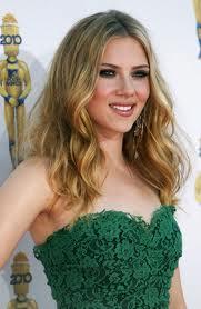 http://4.bp.blogspot.com/-cDIjHOkP9Ig/ToeEmHCzjiI/AAAAAAAABM8/do05nv79Deo/s1600/Scarlett+Johansson+leaked+nude+naked+photos.jpg