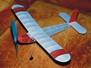 http://pesawatmodelkaret.blogspot.com/2013/12/junior-endurance-plane-spesifikasi.html