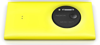 Nokia Lumia 1020 showing the massive Camera