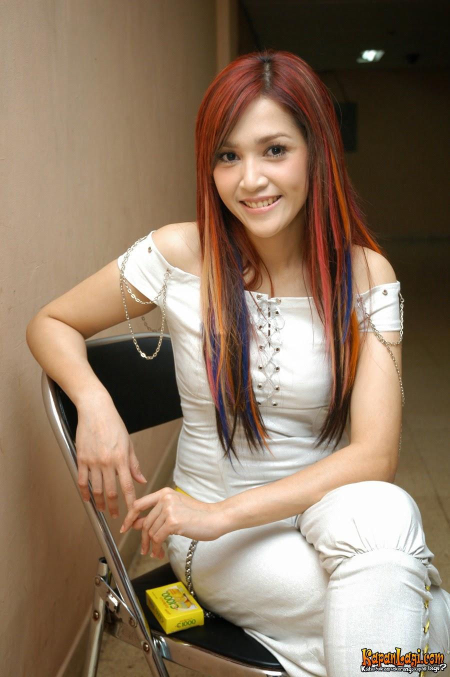 Maia Foto Wanita Cantik Asia Gambar Seksi Hot Franda