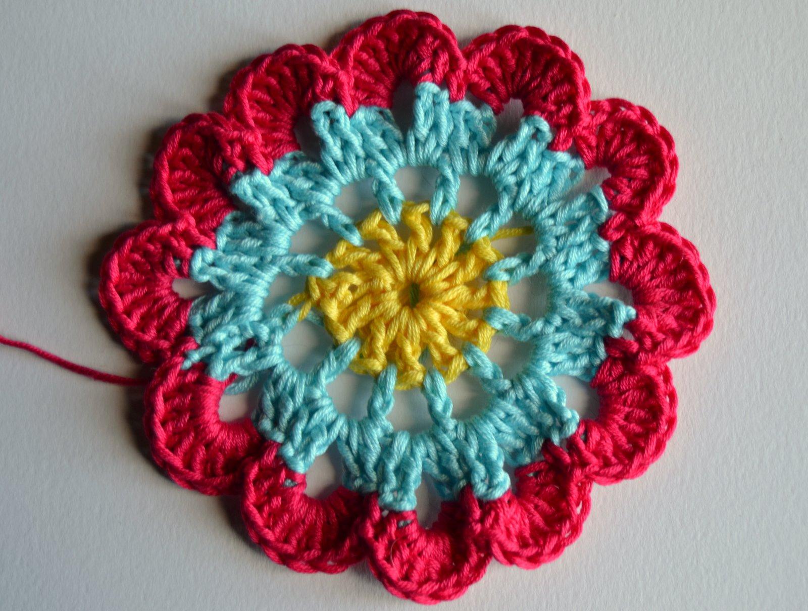 Free Pattern Crochet Japanese Flower : The gallery for --> Japanese Crochet Flower Tutorial