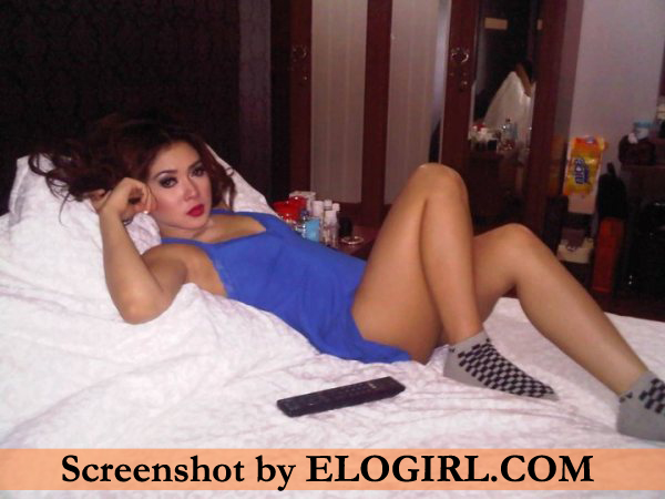 Download Video Syahrini Mandi Bugil 3gp Kualitas HD