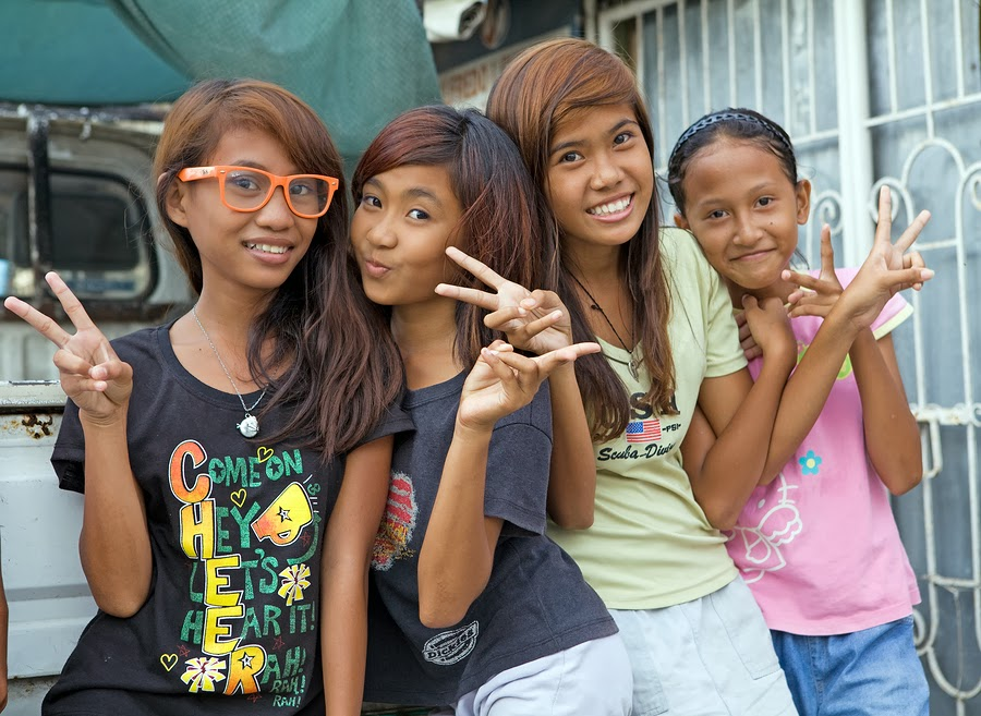 Filipina Teenage Girls