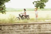 Sonna-Puriyathu-Movie-Stills