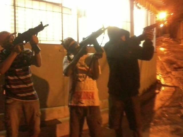 Fotos da favela antares 73