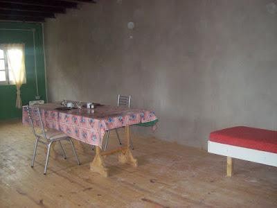 Departamento  en 1º piso : comedor, en primer piso