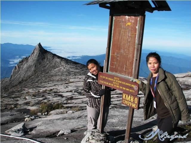 st johns peak Mt. Kinabalu, mt kinabalu summit, summit of mt kinabalu, kota kinabalu summit, climbing mt kinabalu, mt kinabalu climbing tips