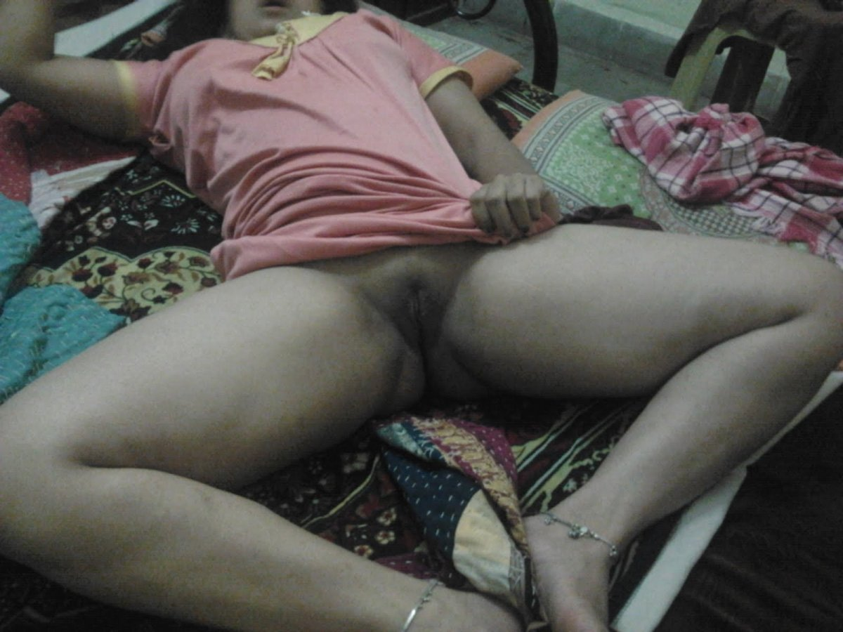 naked mallu house wife