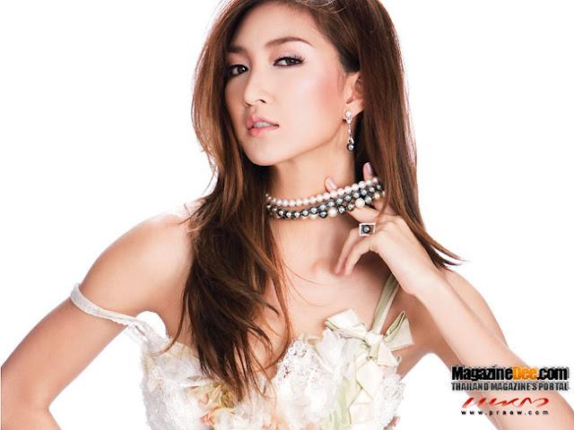Kob Suwanan- Thailand Actress