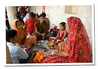 mujeres en la ceremonia de Punja