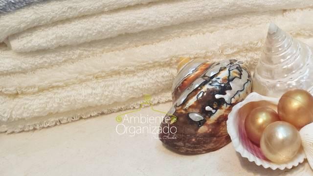 Toalhas de banho com conchas