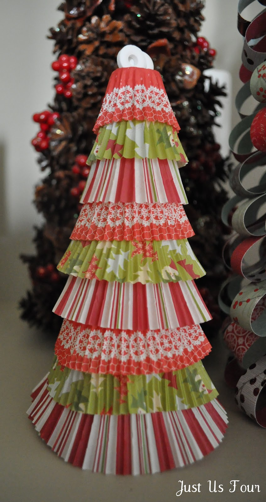 Ginger snap crafts just us four christmas tree how to for What to put on top of my christmas tree