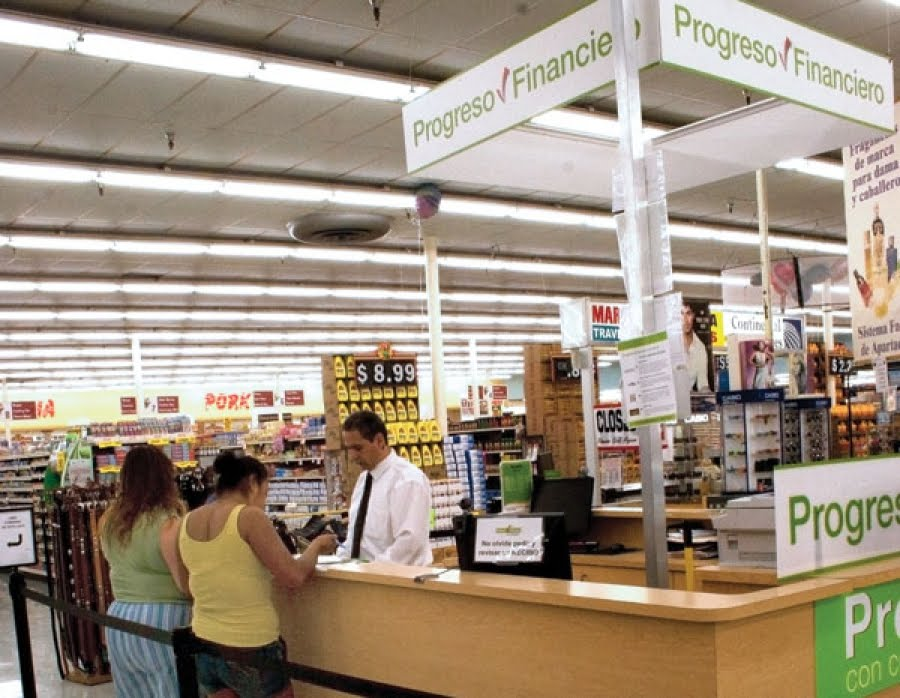 grocery store in Houston, Texas. Hello Everybody!