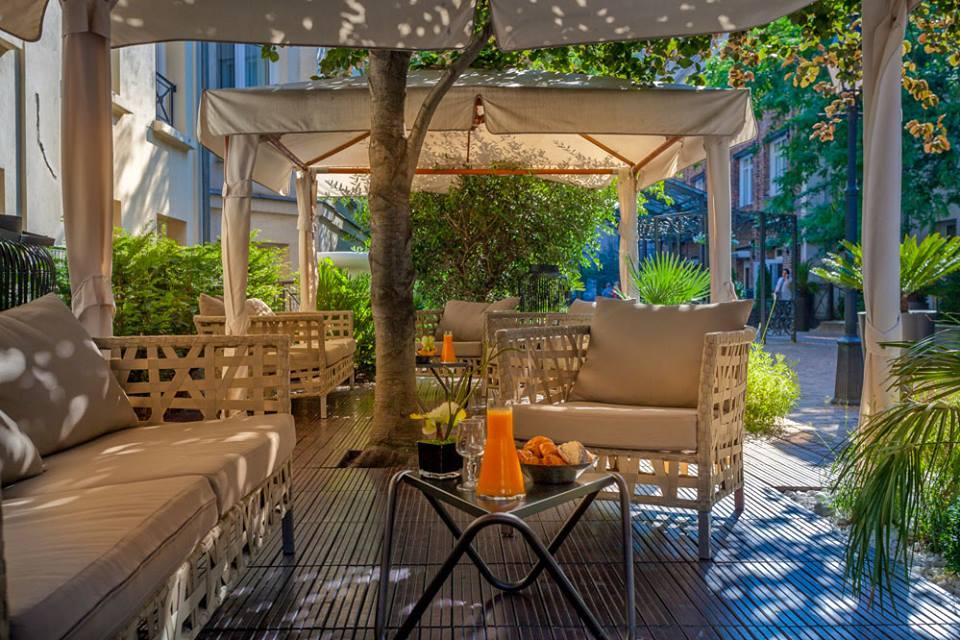 Les jardins du marais l 39 h tel qui se veut havre de paix et de verdure - Terrasse jardin marais villeurbanne ...