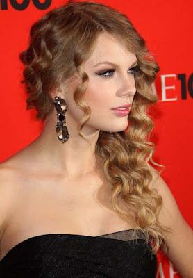 Taylor Swift Dangling Crystal Earrings