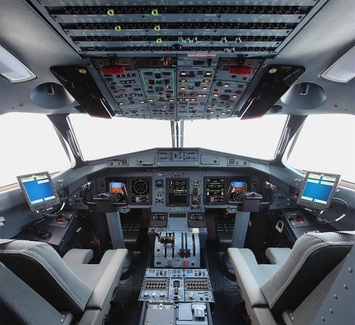 Dash 8 400