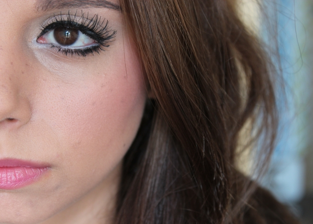 fake-freckles-makeup-tutorial