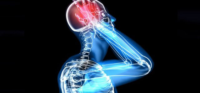 Los dolores en la columna vertebral en el departamento de pecho y lumbar