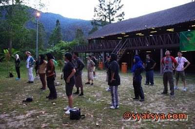JUNGLE TREKKING DAN MERENTASI HALANGAN DI AWANA GENTING HIGHLANDS GOLF AND COUNTRY RESORT