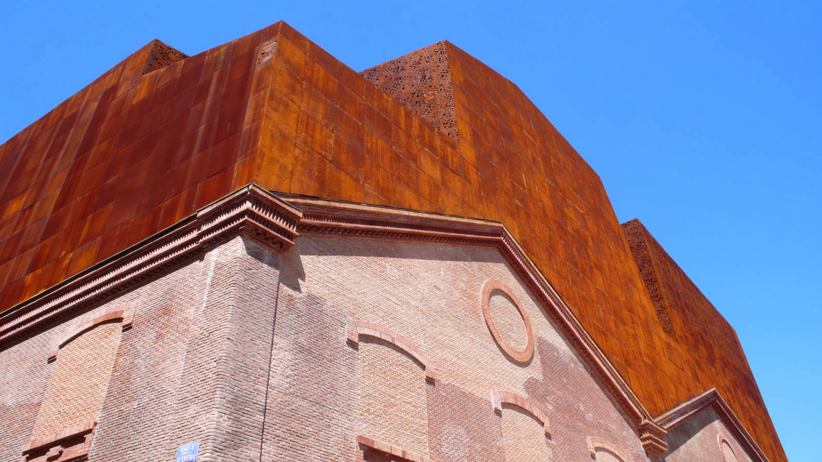 Amedeo liberatoscioli caixaforum madrid - Giardino verticale madrid ...