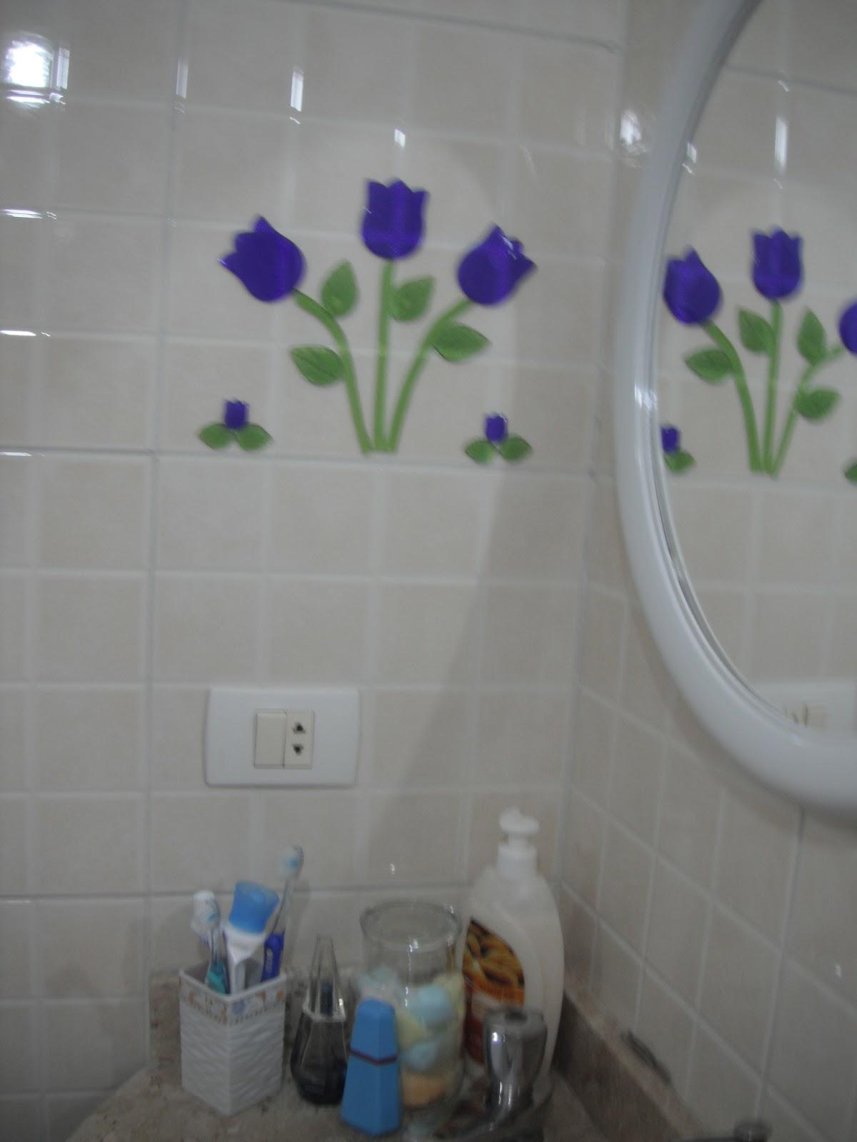 No banheiro da filhota escolhi flores tipo margaridas. #323073 1200x1600 Banheiro Com Azulejo De Flores