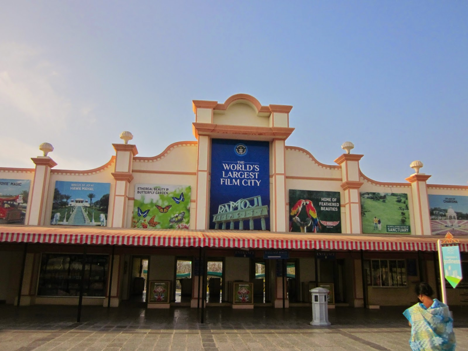 short essay on ramoji film city The ramoji film city in india is located in hyderabad spread over 1666 acres, it  is the largest integrated film city in telangana and has been certified by the.