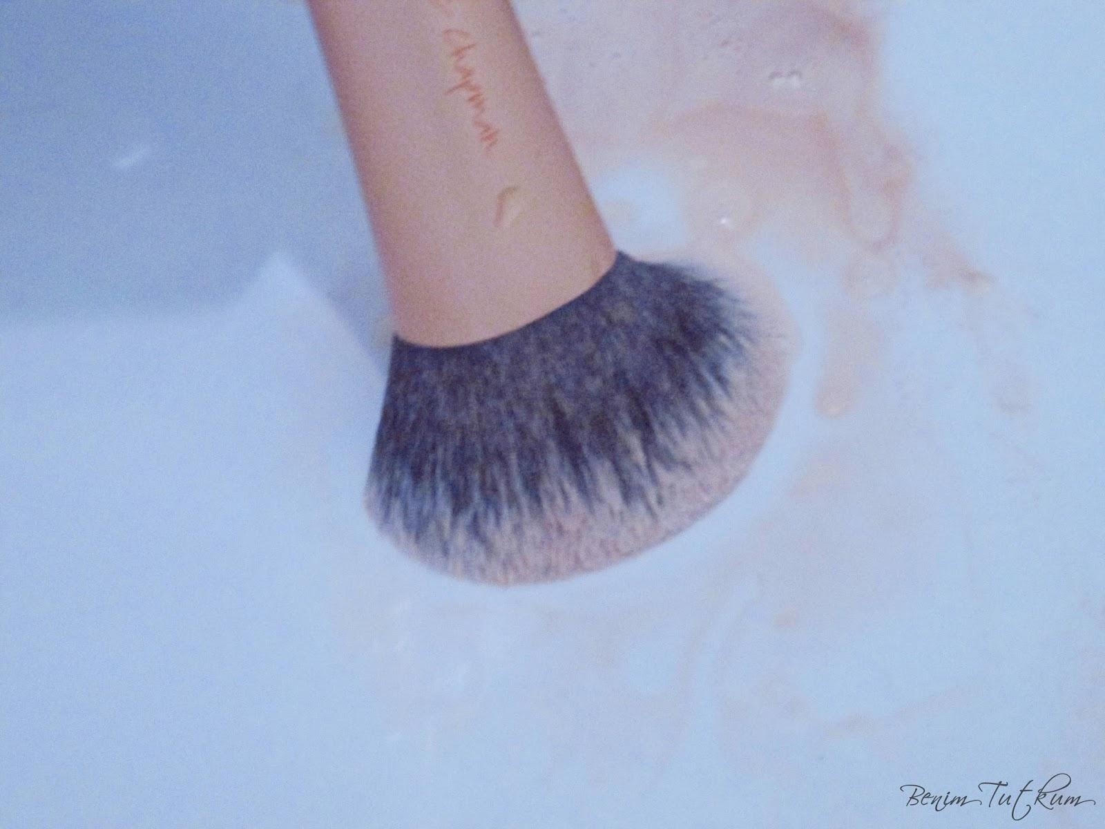 Makyaj Fırçaları temziliği
