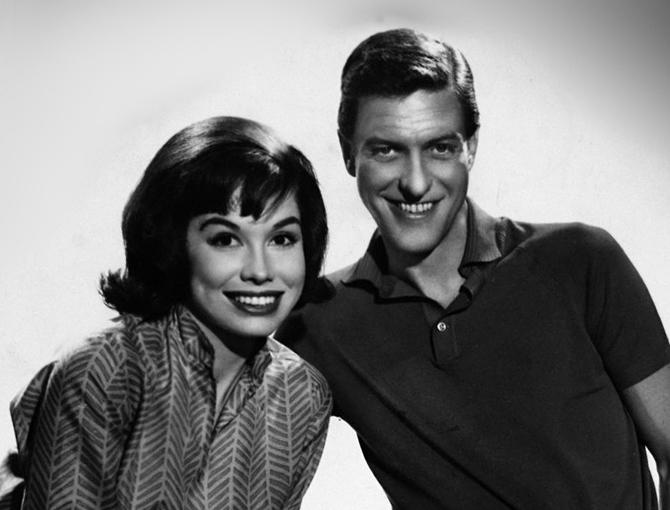 Dick Van Dyke Mourns On-Screen Love Mary Tyler Moore