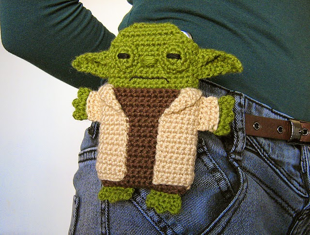 housse-portable-crochet-yoda