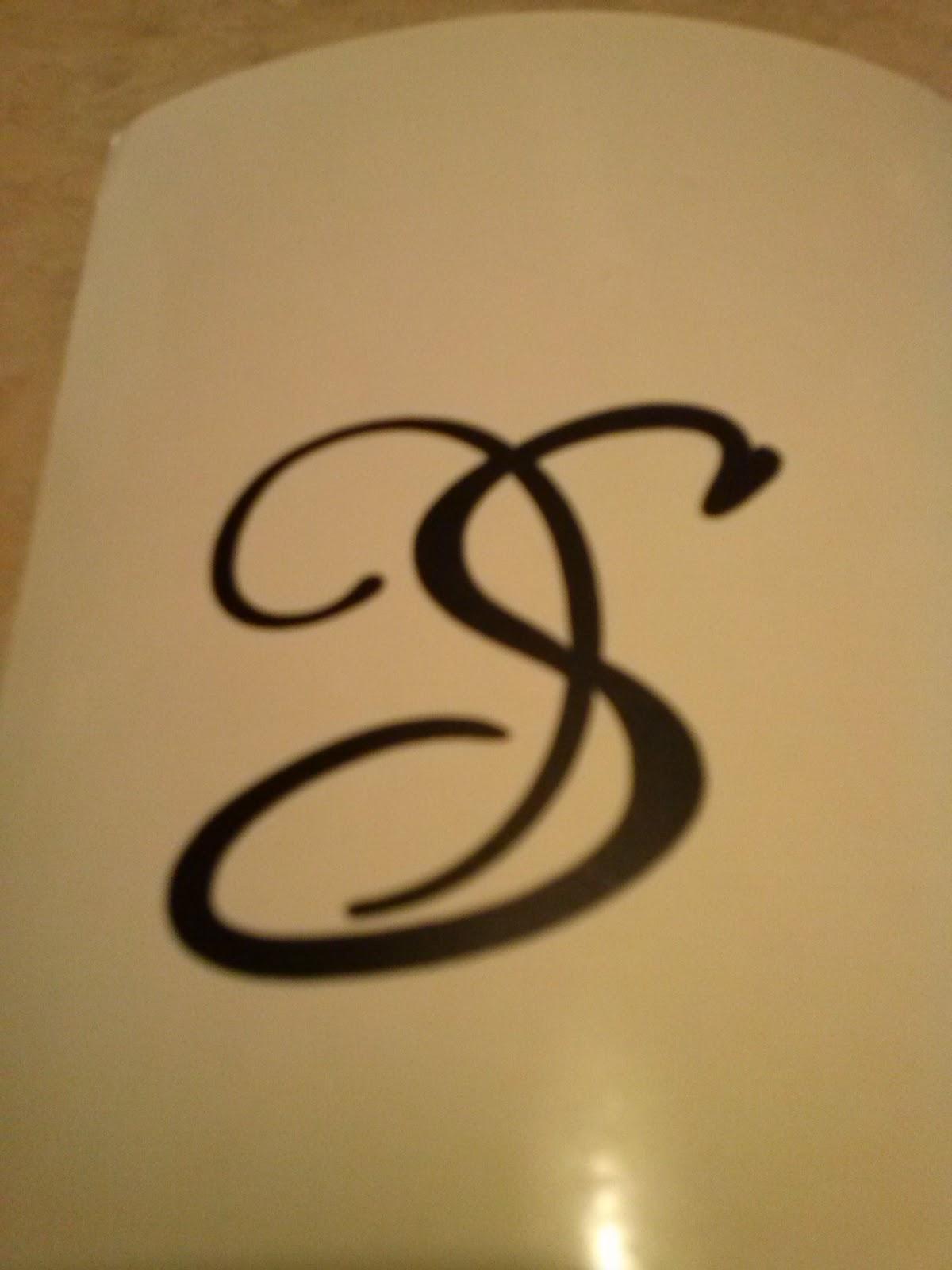 DIY wine glass kit monogram S