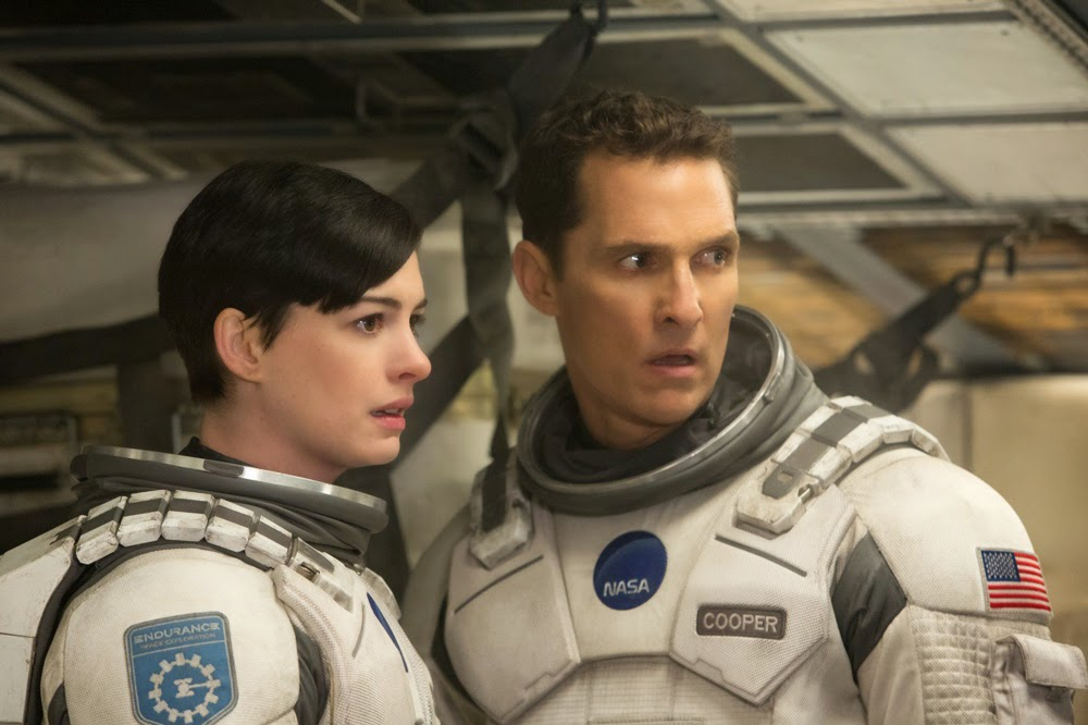 Anne Hathaway and Matthew McConaughey in Interstellar