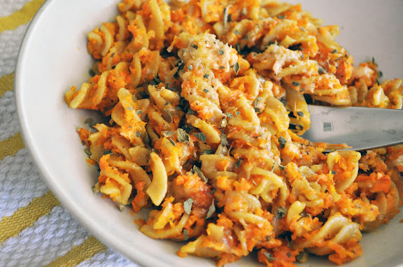 Recipe: Roasted carrot mac and cheese