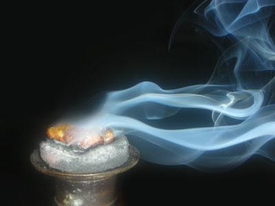 asap kemenyan
