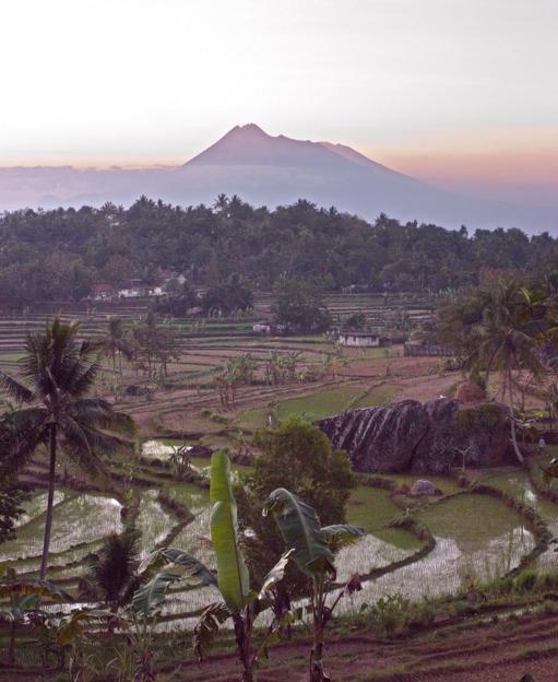 Gunung Api Purba Nglanggeran terletak di Desa Nglanggeran Gunung Api Purba
