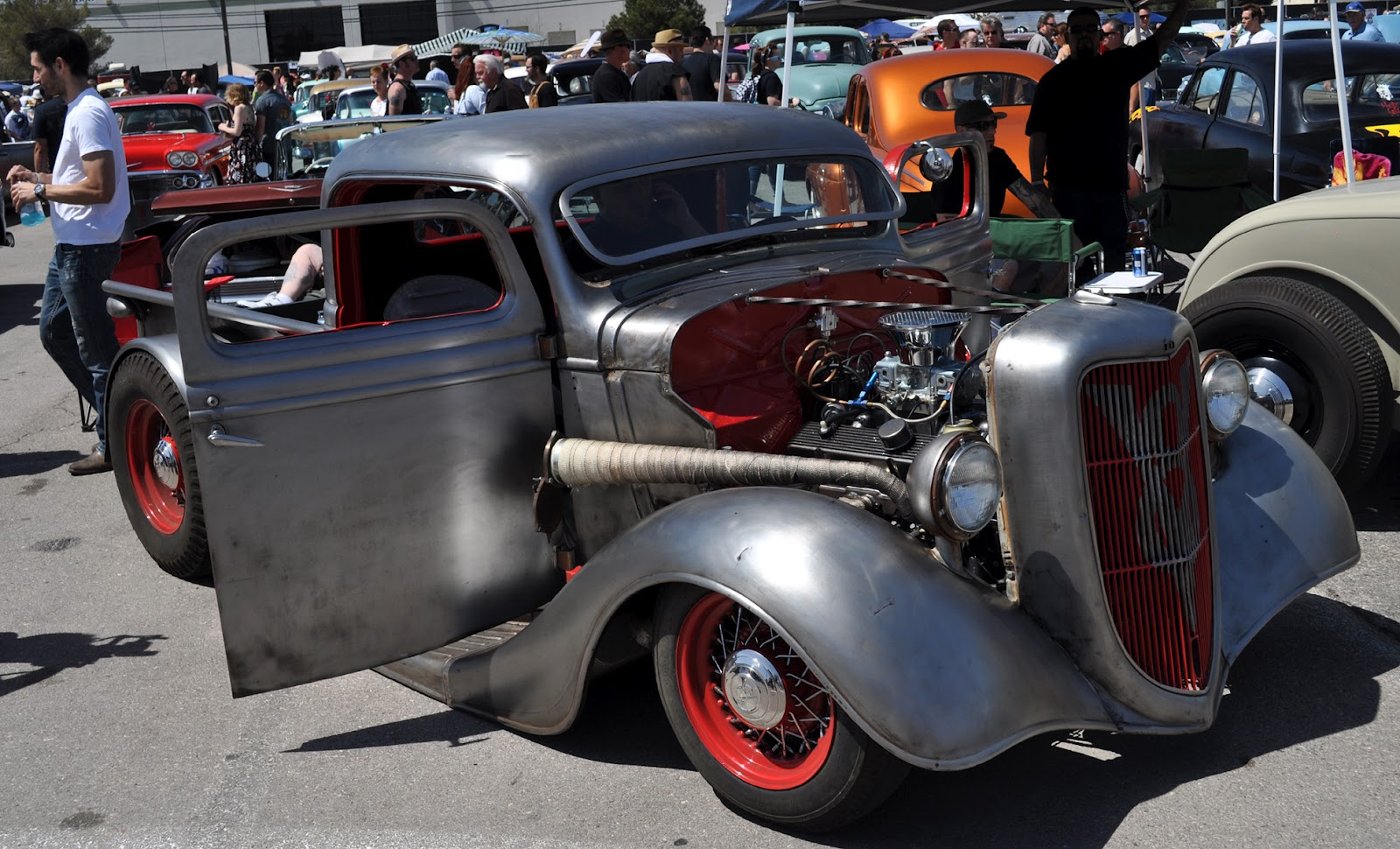 Classic Cars Authority: Impressive hot rod truck from Viva Las Vegas ...