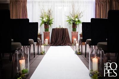 a seattle wedding of northwest elegance flora nova blog. Black Bedroom Furniture Sets. Home Design Ideas