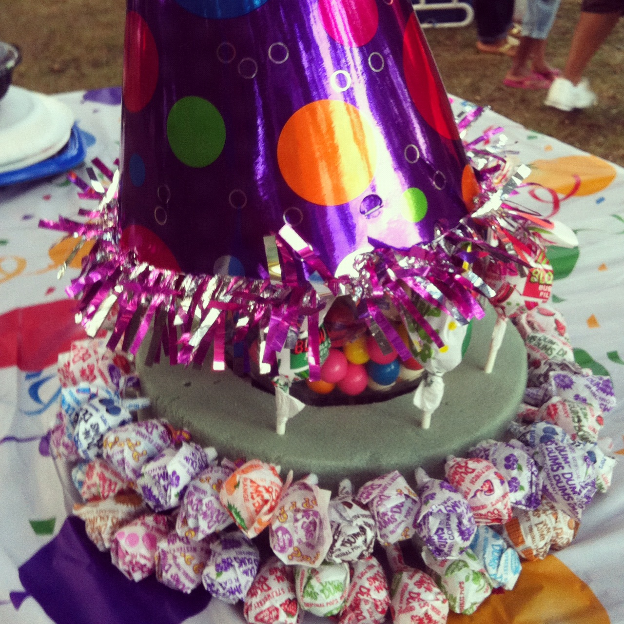how to make a candy cake centerpiece