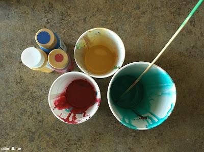 http://oilandblue.blogspot.com/2016/01/paper-marbling-with-flour.html