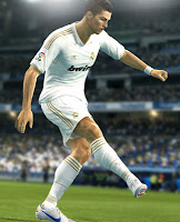 PES+2013+Screenshot Free Download PES 2013 Konami Update + Full Version