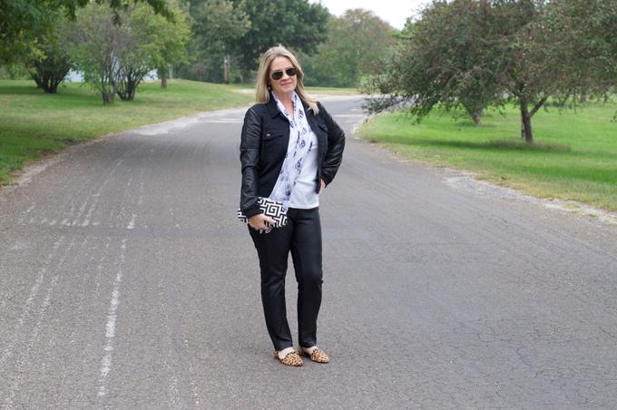 leopard-flats-faux-leather-leggings