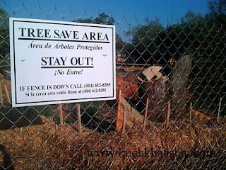 12 Hilariously Ironic Signs