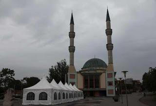 Masjid Fatih Roermond Belanda