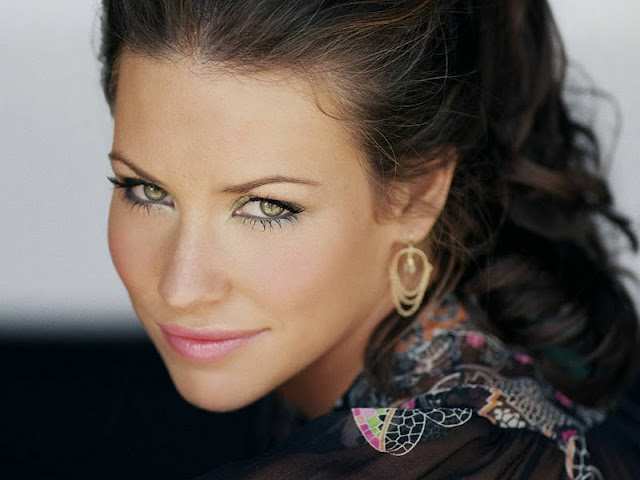 Evangeline Lilly Biography and Photos